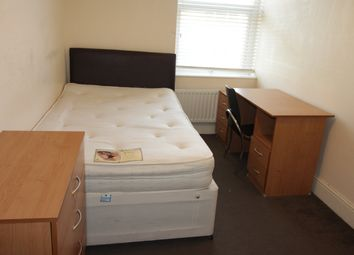 Thumbnail 5 bed flat to rent in Crwys Road, Cathays, Cardiff