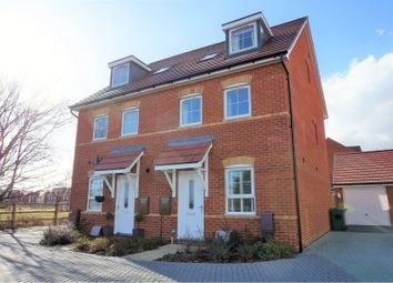 Daffodil Way, Havant PO9. 3 bed semi-detached house for sale