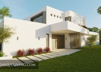 Thumbnail 5 bed villa for sale in Nueva Andalucia, Costa Del Sol, Spain