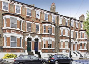 Thumbnail 2 bed flat to rent in Schubert Road, Putney