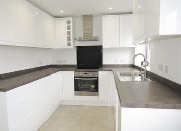 Thumbnail 2 bed maisonette to rent in Crabtree Lane, Hemel Hempstead