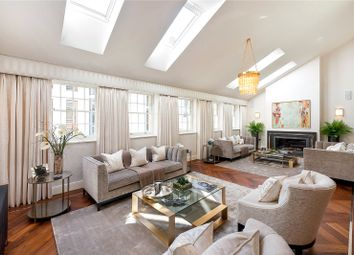 Montrose Place, Belgravia, London SW1X. 4 bed mews house