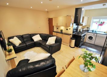 6 bed terraced house to rent in Kingswood Road, 6 Bed, Manchester M14