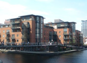 Thumbnail 1 bedroom flat to rent in Waterfront Walk, Birmingham