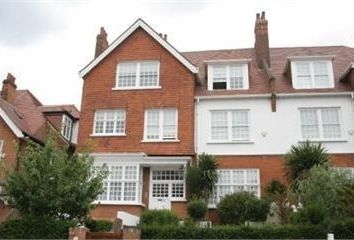 Thumbnail 4 bed flat to rent in Bracknell Gardens, Hampstead, Hampstead