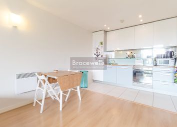 Thumbnail 1 bedroom flat to rent in New River Avenue, Hornsey