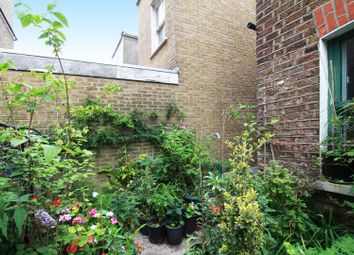 Thumbnail 2 bedroom flat for sale in Portobello Road, Notting Hill