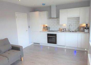 Victoria Road, Ruislip Manor, Ruislip HA4. 1 bed flat