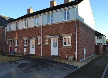 Thumbnail 2 bed property to rent in Erwr Brenhinoedd, Llandybie, Ammanford