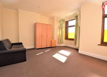 Thumbnail Room to rent in Elgin Road, Seven Kings, Ilford