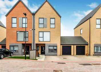 Thumbnail 4 bedroom town house for sale in Winscar Road, Lakeside, Doncaster