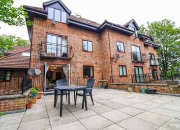 2 bed flat to rent in Westridge Road, Southampton SO17
