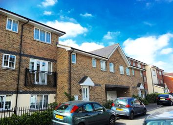 Thumbnail 1 bed maisonette to rent in Kiln Way, Dunstable