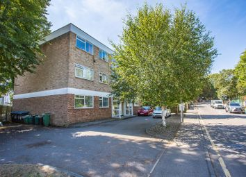 Thumbnail 2 bed flat for sale in Whyteleafe Hill, Whyteleafe, Surrey