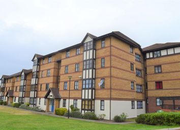 Thumbnail 2 bed flat to rent in Somerset Gardens, Creighton Road, London