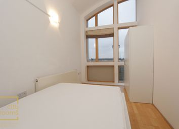 Thumbnail Room to rent in Alamaro Lodge, Renaissance Walk, North Greenwich