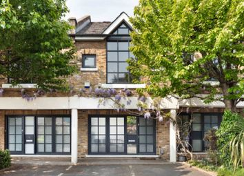 Thumbnail 1 bed terraced house for sale in Independent Place, Hackney