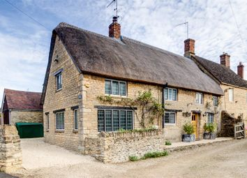 Thumbnail 5 bed cottage for sale in Main Street, Long Compton, Shipston-On-Stour