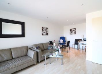 Western Gateway, London E16. 2 bed flat