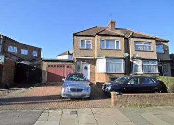 Thumbnail 1 bed flat for sale in Eastmead Avenue, Greenford