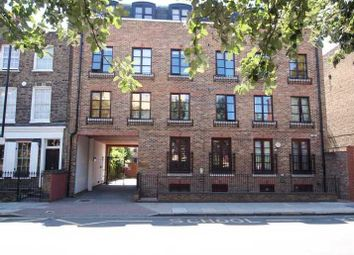 Thumbnail 2 bed flat to rent in Cable Street, London, Bow
