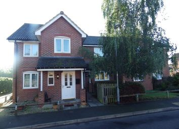 Thumbnail 2 bedroom flat for sale in Coote Close, Binfield, Bracknell