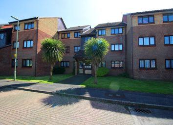 Thumbnail 2 bedroom flat to rent in Woodrush Crescent, Locks Heath, Southampton