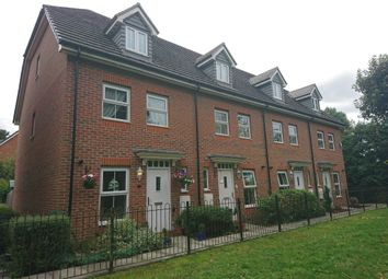 Thumbnail 3 bed property to rent in Bath Road, Cippenham, Slough