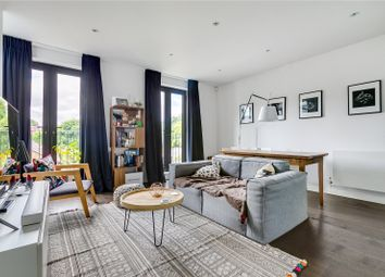 Thumbnail 2 bed mews house for sale in Kelfield Mews, London