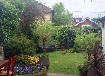 Thumbnail 2 bed cottage to rent in Victoria Road, Mortlake
