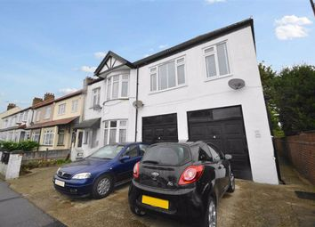 Thumbnail 2 bed flat for sale in Rylands Road, Southend-On-Sea