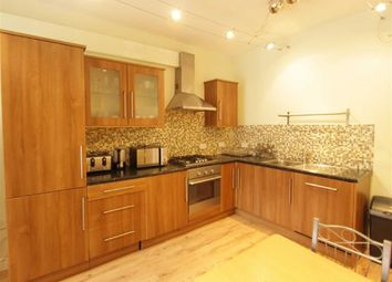 Thumbnail 2 bed flat to rent in The Grove, London, London