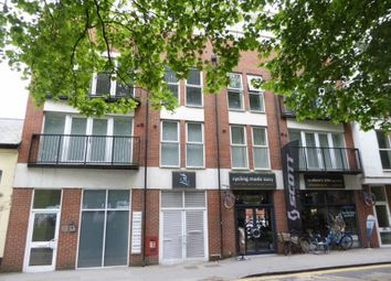 Thumbnail 1 bedroom flat for sale in Lion Green Road, Coulsdon