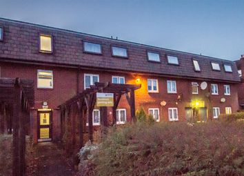 Thumbnail 2 bed flat to rent in Tintern Close, London