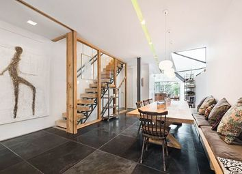 Thumbnail 4 bed property to rent in Shinfield Street, London