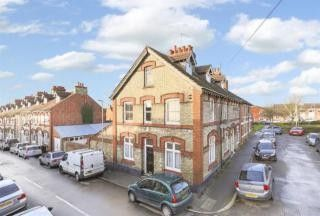 3 bed terraced house to rent in Oxford Street, Kettering, Northamptonshire NN16