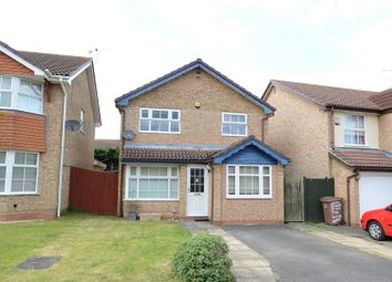 Thumbnail 3 bedroom detached house to rent in Sunderland Close, Woodley, Reading