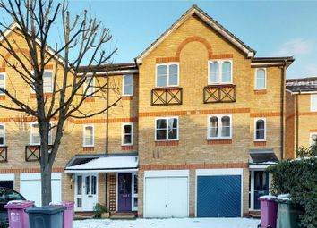 4 bed semi-detached house to rent in Barnsdale Avenue, Isle Of Dogs E14