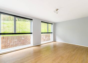 Thumbnail 4 bedroom maisonette to rent in Duncombe Road, London