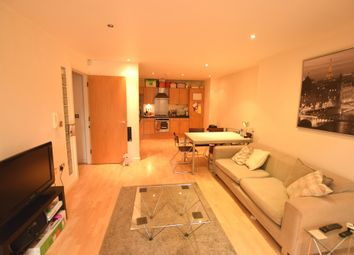 2 bed flat to rent in Bowman Lane, Hunslet, Leeds LS10