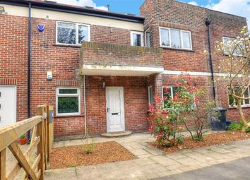 2 bed flat to rent in Westbourne Road, Sheffield S10
