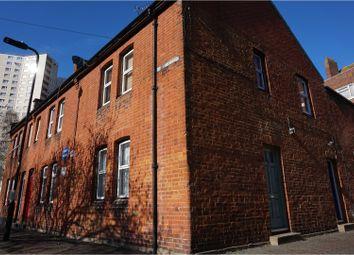 Thumbnail 1 bedroom maisonette for sale in Steyne Road, Acton