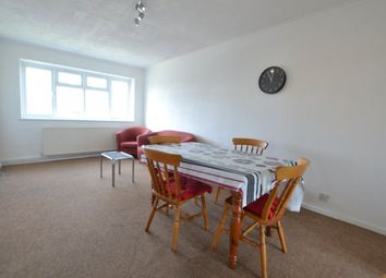 Thumbnail 2 bed flat to rent in Muswell Hill, Colney Hatch Lane