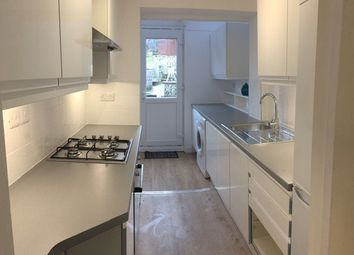 5 bed semi-detached house to rent in Bevendean Crescent, Bevendean, Brighton BN2