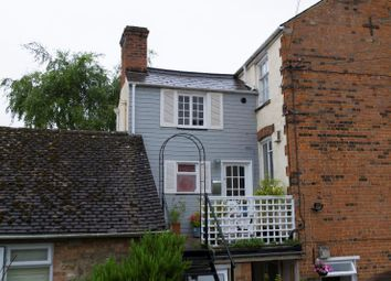 Thumbnail 3 bed flat for sale in London Street, Faringdon