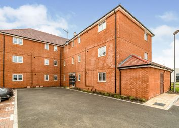 2 bed flat for sale in Elton Close, Aylesbury HP18