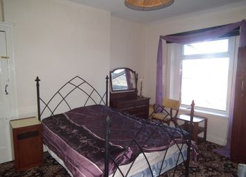 Thumbnail 4 bed flat to rent in York Place, Newport
