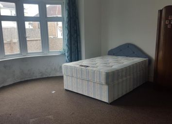 Thumbnail 4 bed shared accommodation to rent in St. Georges Avenue, Southall