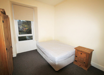 Thumbnail 3 bed flat to rent in Dens Road, Dundee