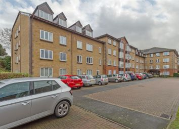 Thumbnail 2 bedroom flat for sale in Barkers Court, Sittingbourne